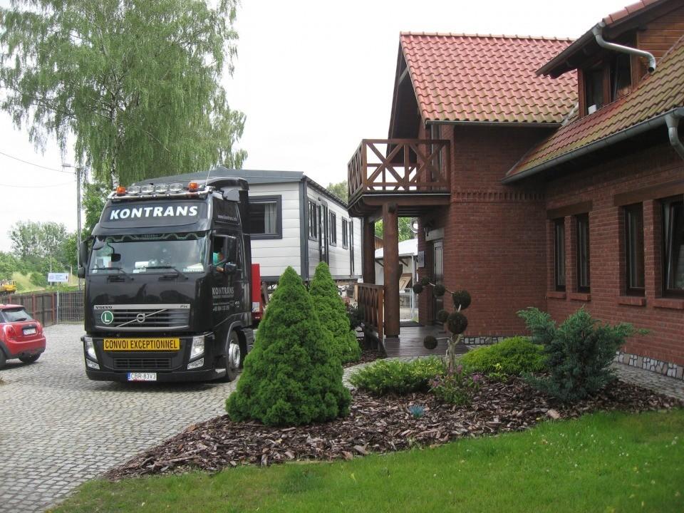 Domy holenderskie - Transport