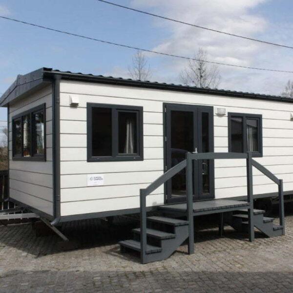 Dom holenderski c2 24